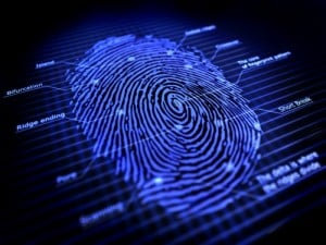 police scientifique empreintes digitales